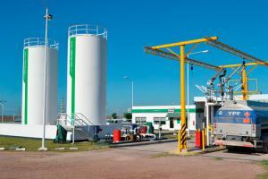 Torre-de-carga-YPF-directo-1