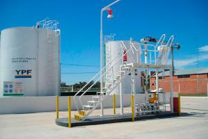 Torre-de-carga-YPF-directo